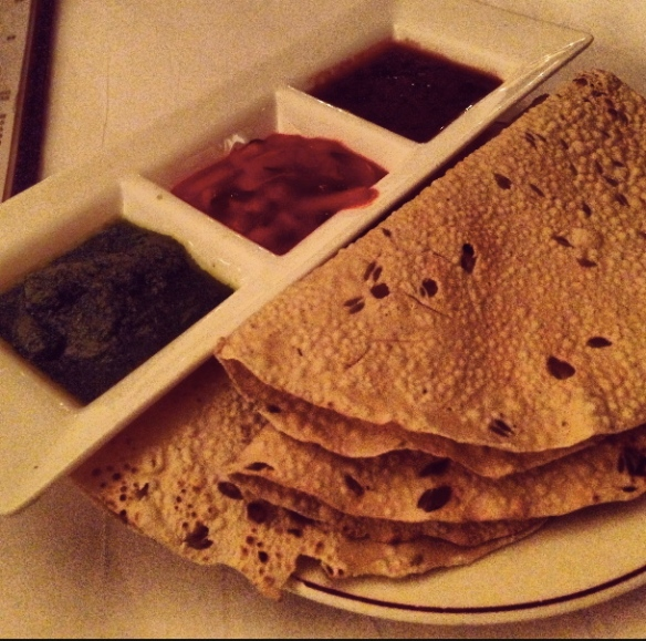 Chola Papadum