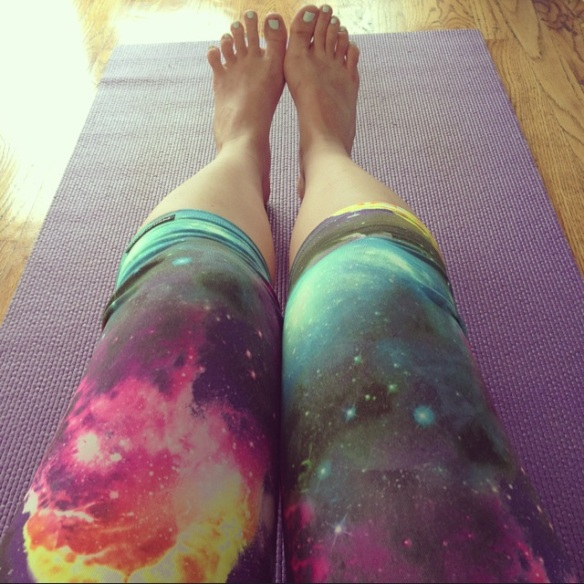 yoga in Public Myth leggings